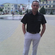Александр, 42, г.Моздок