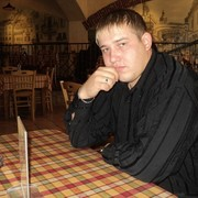 Александр, 34, г.Харабали