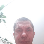Андрей, 43, г.Серов