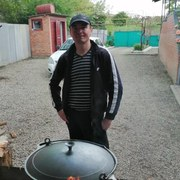 Максим, 37, г.Лабинск