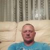 Олег, 44, г.Азов