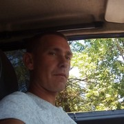 Максим, 31, г.Азов