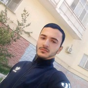 уткирбек, 24, г.Атырау