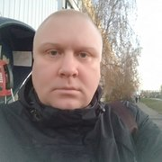 Андрей, 39, г.Андропов