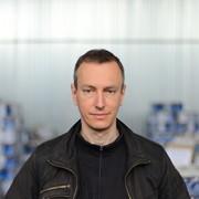 Андрій, 44