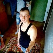 Олександр, 20