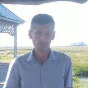 Виктор, 44, г.Осинники