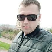 Юра Якушев 32 Алматы́