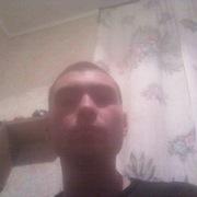 Толя, 29, г.Горняк