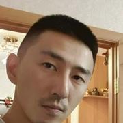 Анатолий, 31, г.Салехард