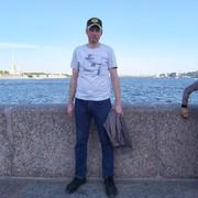 Евгений, 38, г.Сланцы