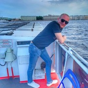 Евгений 32 года (Лев) Екатеринбург