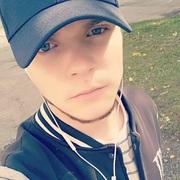 Константин, 22, г.Шумиха